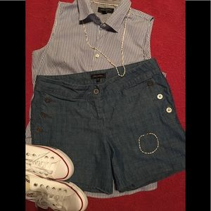 The limited ladies chambray shorts size 6
